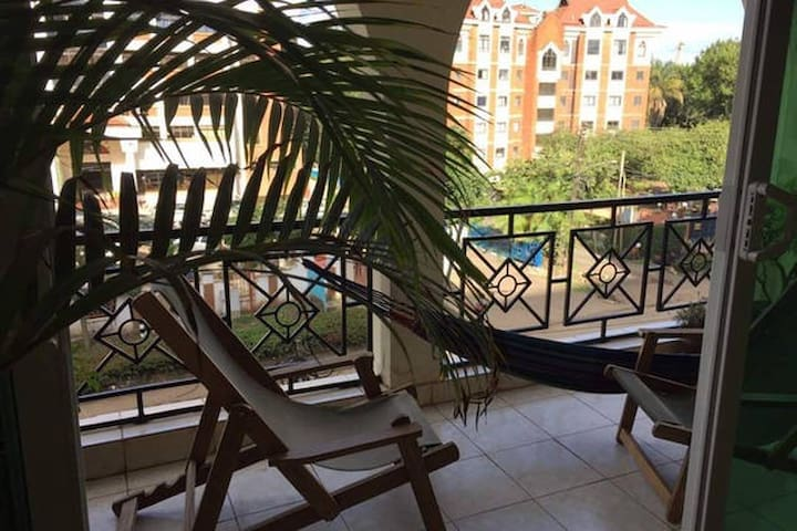 Sunny Apartment near Yaya Centre with Pool