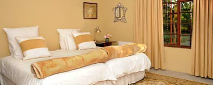 Dullstroom Cottages - The Cosy
