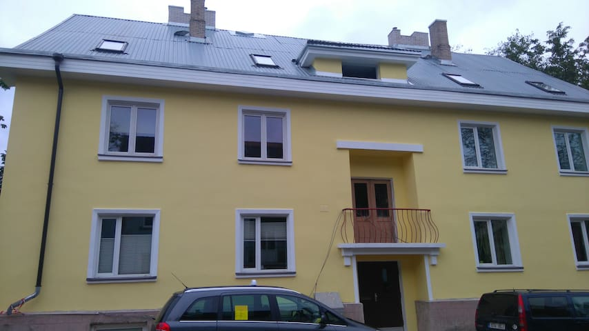 Studio apartment close to airport and bus station