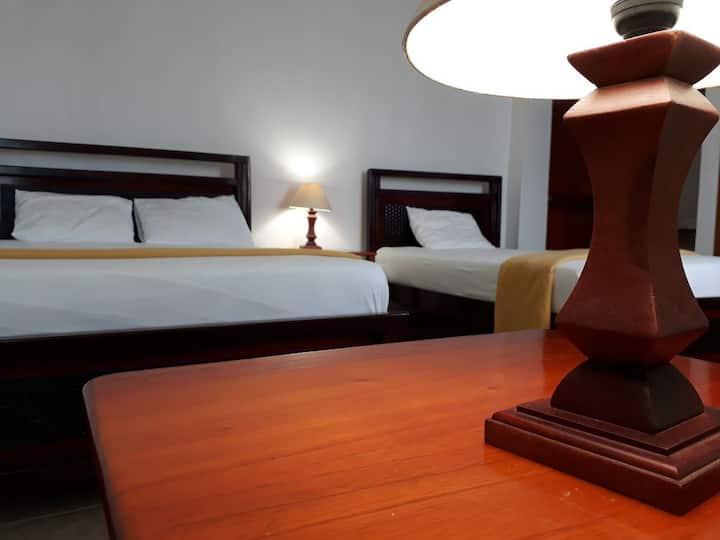 Gloria-Galápagos Inn_Doble