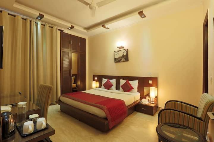 Private Room in Delhi NCR - DEFED1