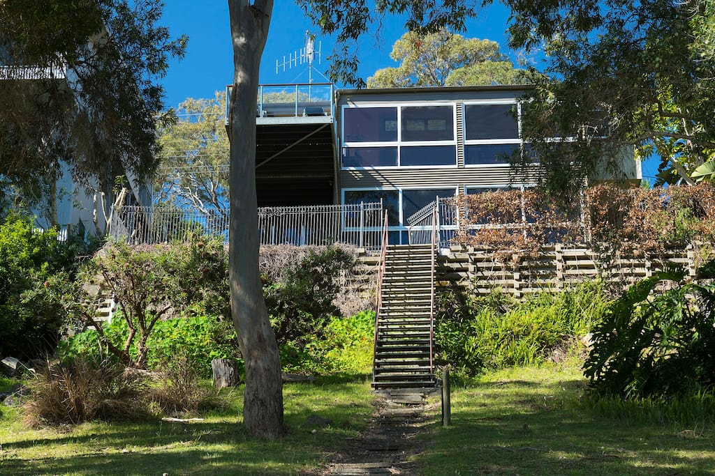 The Folly is absolute lake front with your own access to the pristine waters of Wallis Lake.