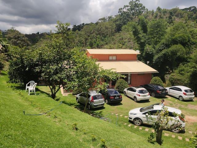 Casa de campo em Aracê, região de Pedra Azul