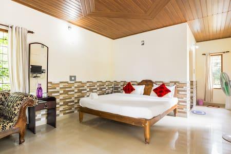 Single Bedroom Villa - Idukki