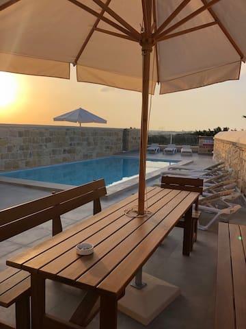 Villa Chossie - Villa private pool & amazing views
