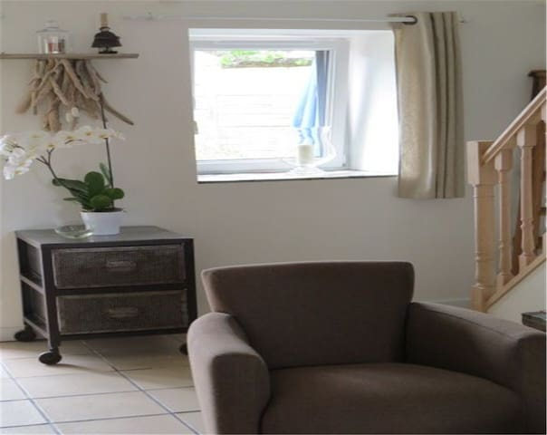 Maisonette ti Arzu in the heart of Conquet