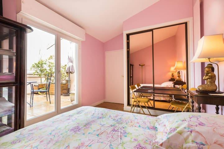 "Chambre ""rose""/appart.Vincennes"