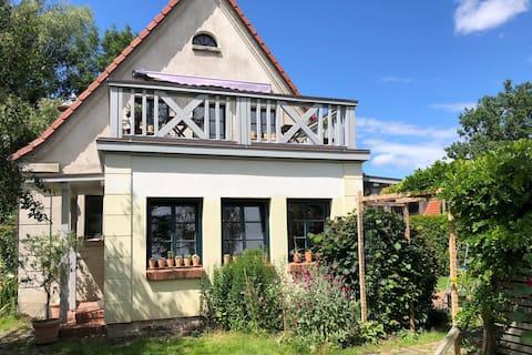 NEW house with garden, discover Vorpommern-Rügen