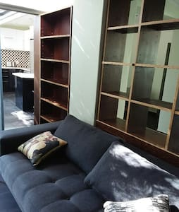 Private, Secure, Stylish Apartment in Norwood JHB - Johannesburg
