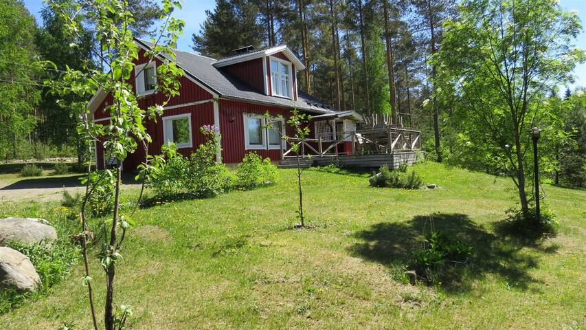 Finnish House LUX close to Lake Savonlinna