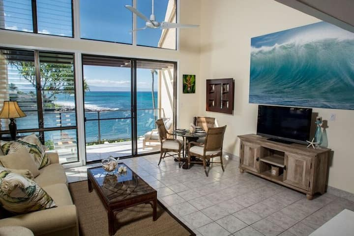 """OCEANFRONT CABANA """"PEOPLE'S CHOICE"""" turtle bay!"""