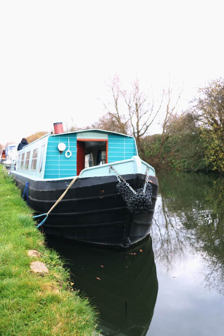 House boat in Islington - Trains to London&Airport