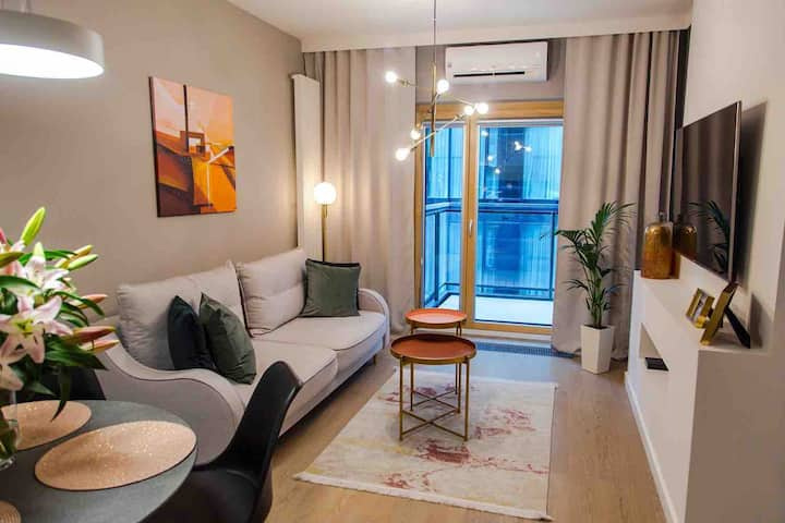 162MENNICA RESIDENCE Patronus EXCLUSIVE Apartments