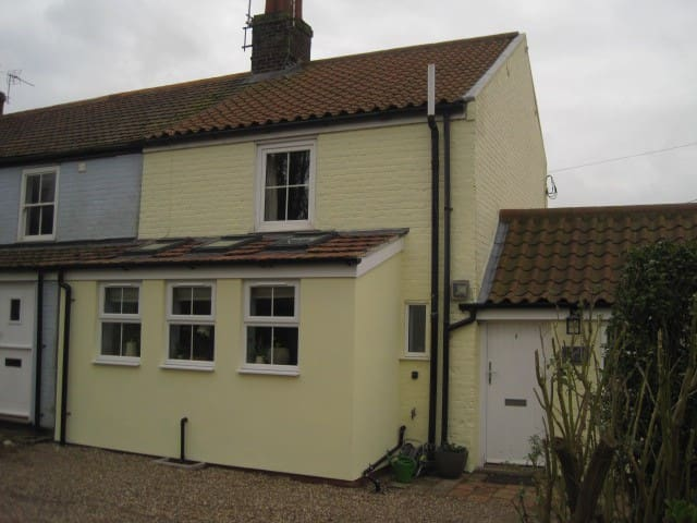 Henrys Cottage - Winterton-on-Sea - Dům