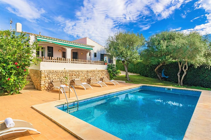 Villa de's Ullastres ❤️ Free AC and WiFi, private pool