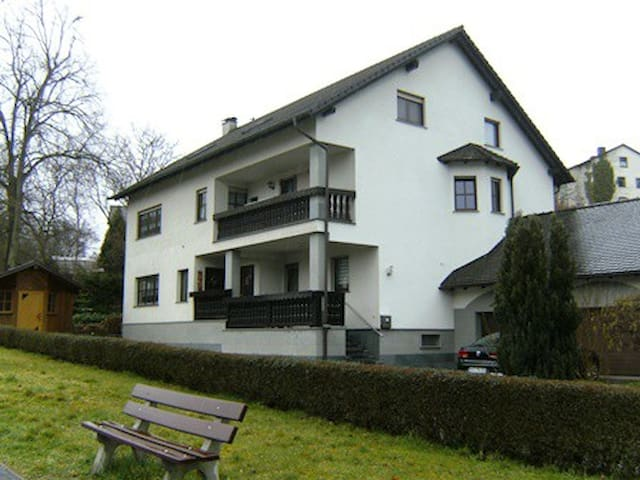 6 x Zimmer in Eltmann - Eltmann - Apartment