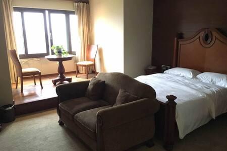 象山城区中心,湖光山色的小半山独栋别墅,配套齐全 - 宁波市