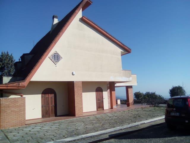 Casa di campagna con vista panoramica