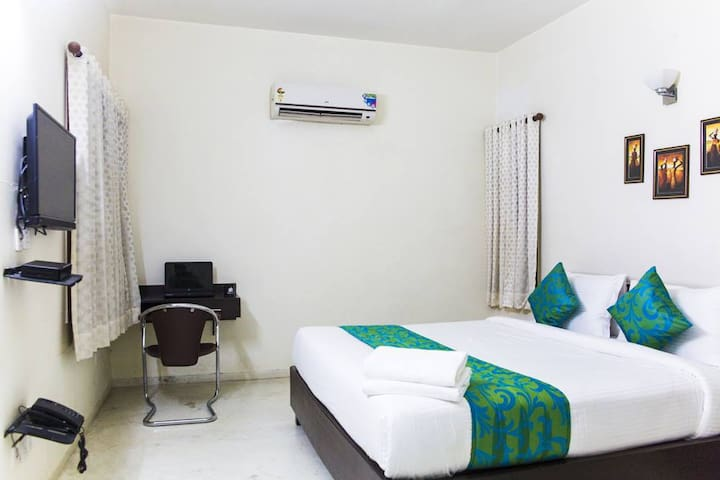 Premium Executive Room 1, Jubilee Hills