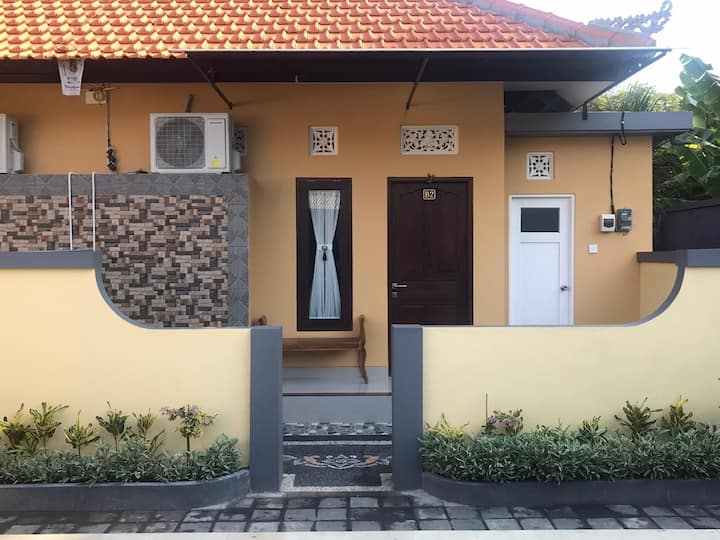 KubuKarang Homestay 5minute to HyattReef surfpoint