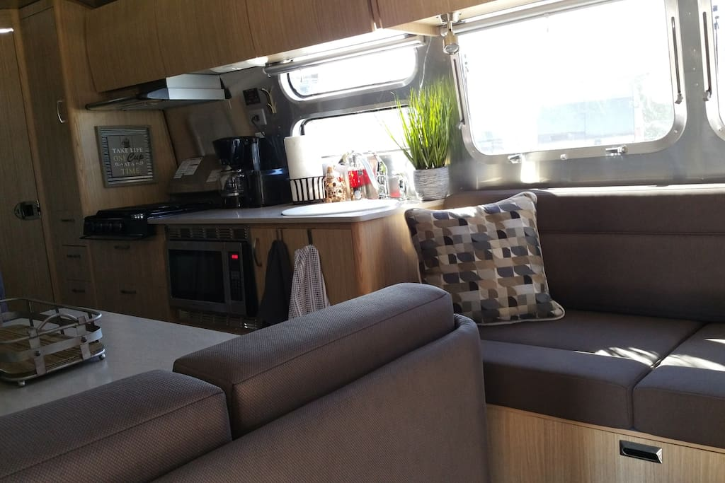 Tiki Suite Campers Rvs For Rent In Pensacola Beach Florida United States