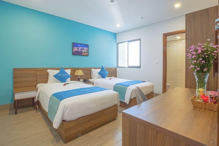 Yen Vy Hotel & Apartment - DELUXE TWN