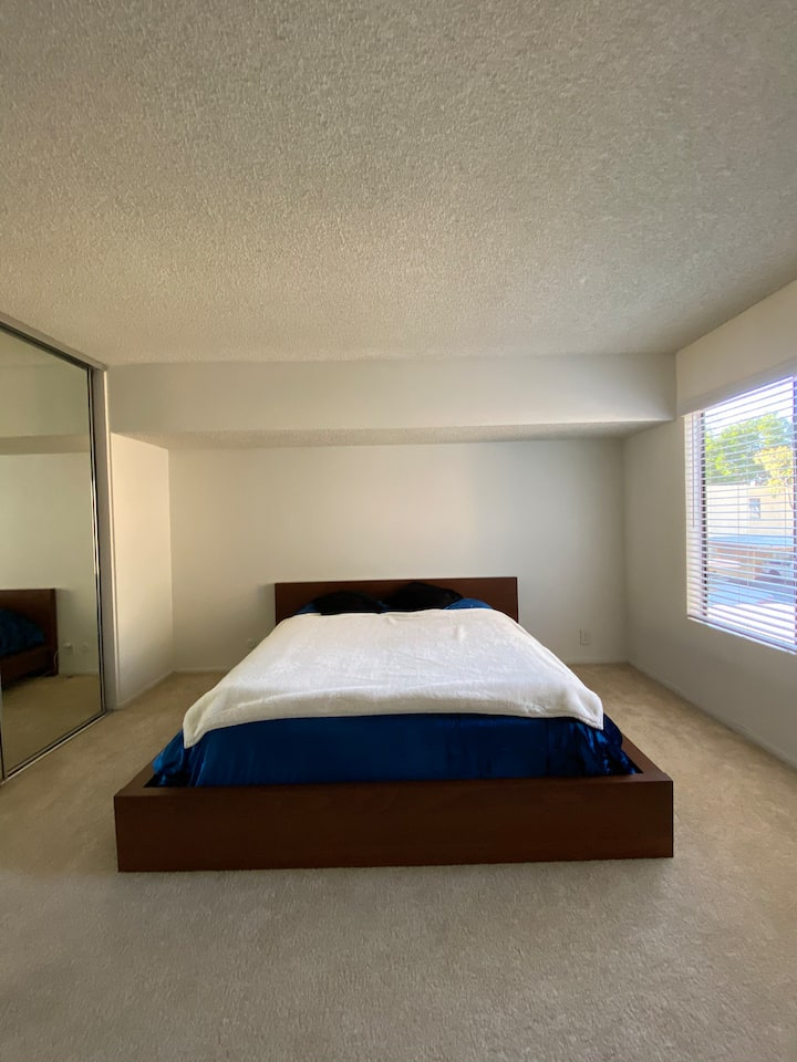 Private bedroom with private bathroom in Irvine