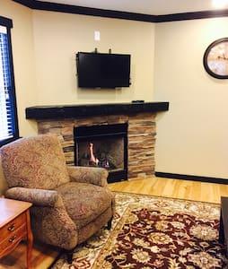 The Auburn Experience - 3BDRM Home - Auburn - Rumah