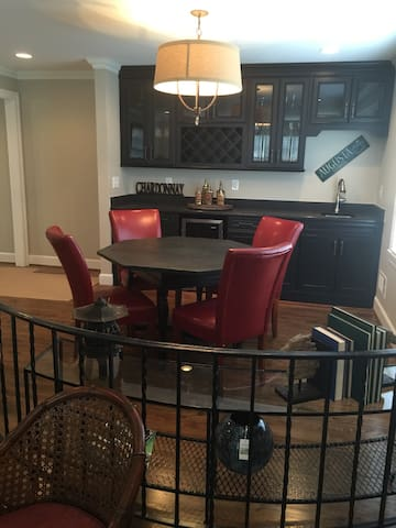 Masters 1.5 miles from Augusta National-4000 sq.ft