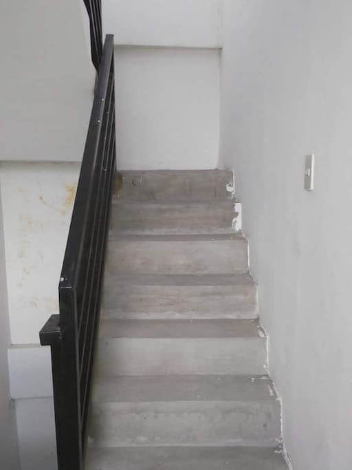 Stairs going from gateway to room directly