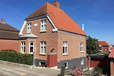 Villa - Basement Flat - Kolding
