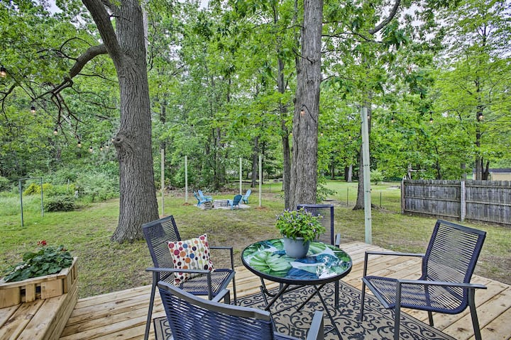 NEW! Charming Home w/ Deck, 2 Mi to Lake Michigan!