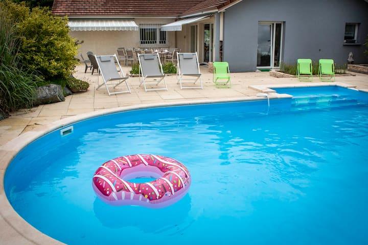 Villa avec jacuzzi & sauna & piscine chauffée