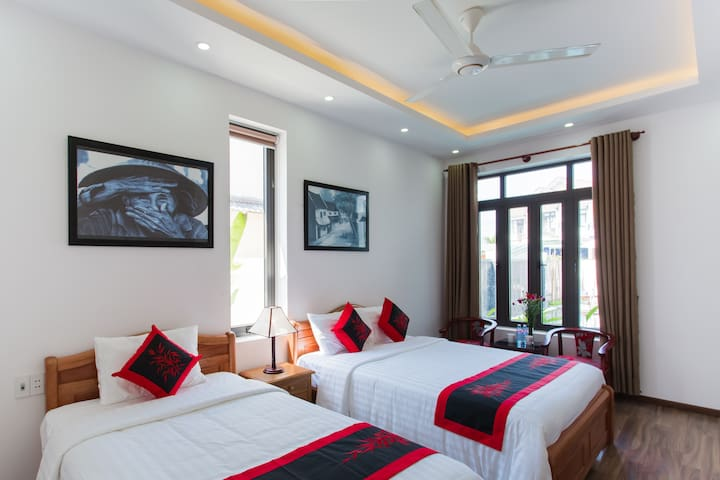 Deluxe Family Room with AC & Breakfast #201 - Hội An