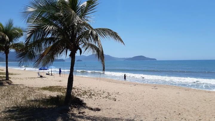 Massaguaçu apto impecável com vista montanha e mar