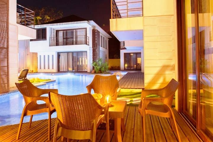 Ochre Villa- Luxury property in Assagaon / Vagator