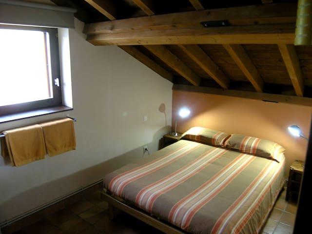 """""""Cresta/Cim"""" - 2 room family suite in eco-lodge"""