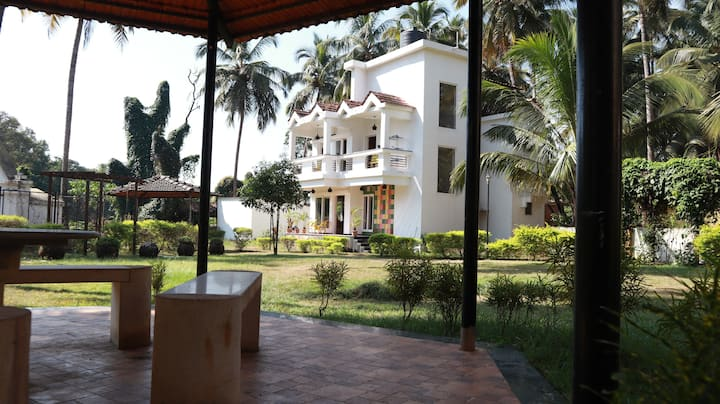 3BHK| Luxury Private Villa near Baga Beach Nrt Goa