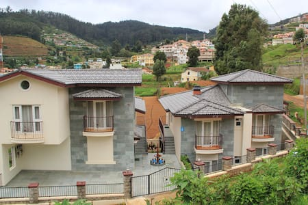Three Bed Apartment - Bhoomi @ Two Seas Residence - Ooty - Apartment