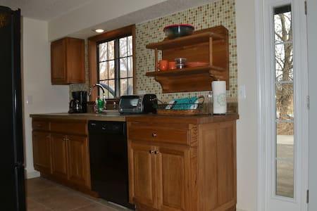One Bedroom Apartment - Kansas City