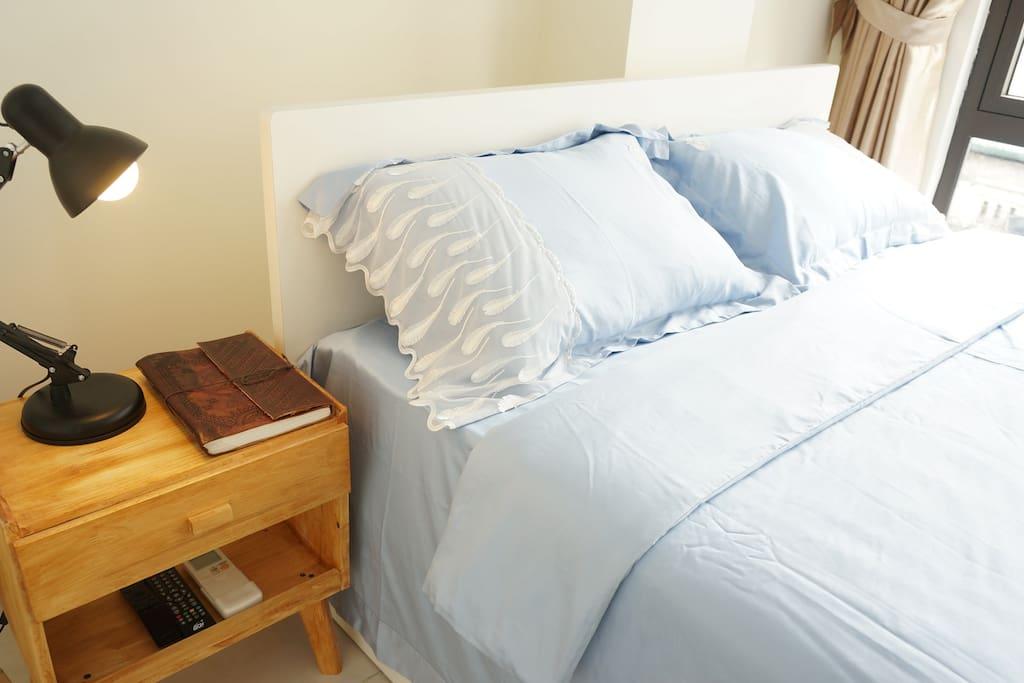 100% Egyptian cotton sheets