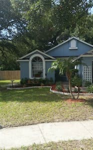 Relax in a clean home on cul desac - Lake Mary