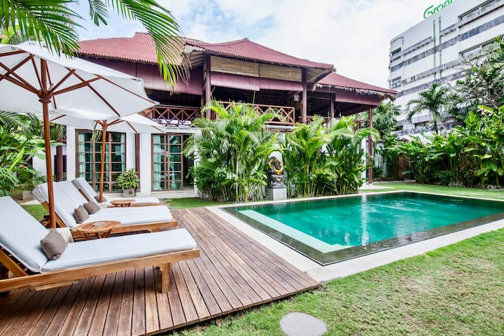 Amazing 2 bedrooms in Seminyak - near beach