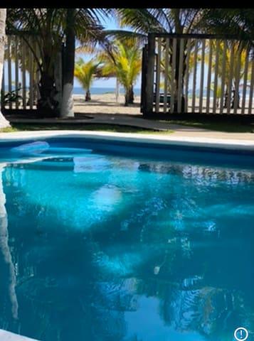 CASA DALiLA en Playa Azul Mich.