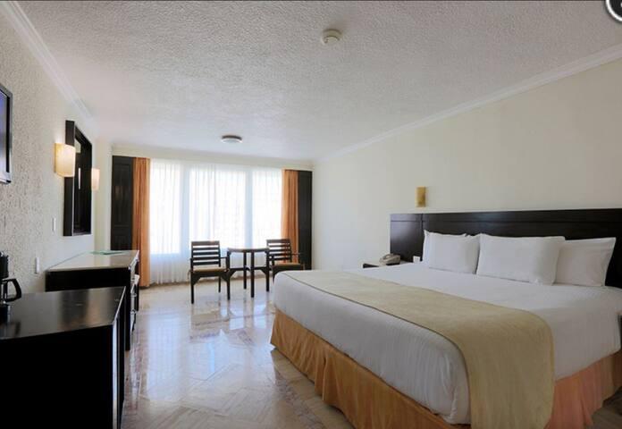 Krystal Cancun Beach Resort
