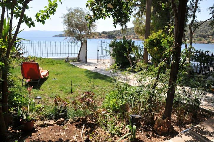 Cottage by the Beach, Evia Island - Euboea - Huis