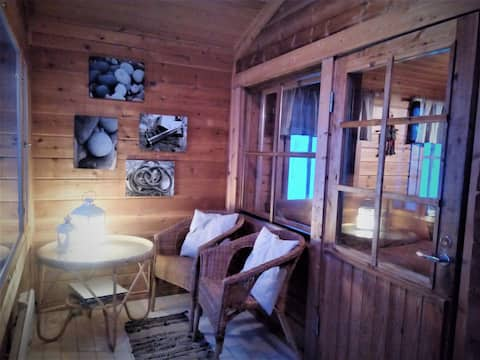 Cabin of the Northen Lights