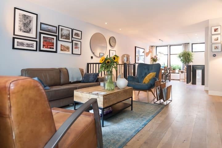 Stylish ground floor apt | De Pijp