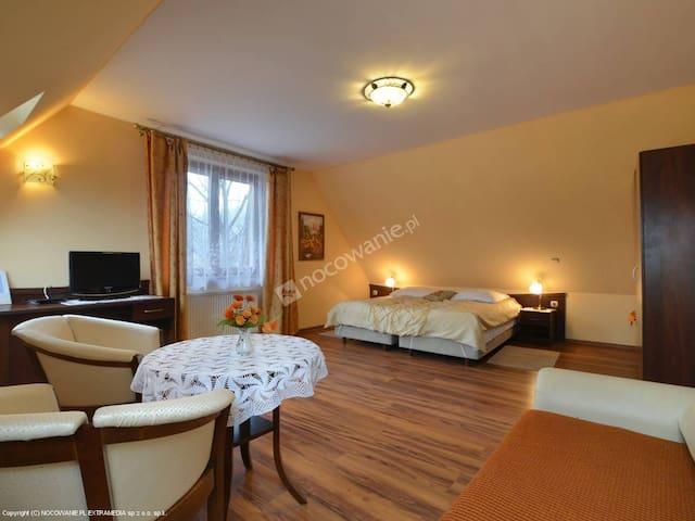 www.Apartament13.pl - BEDROOM 1