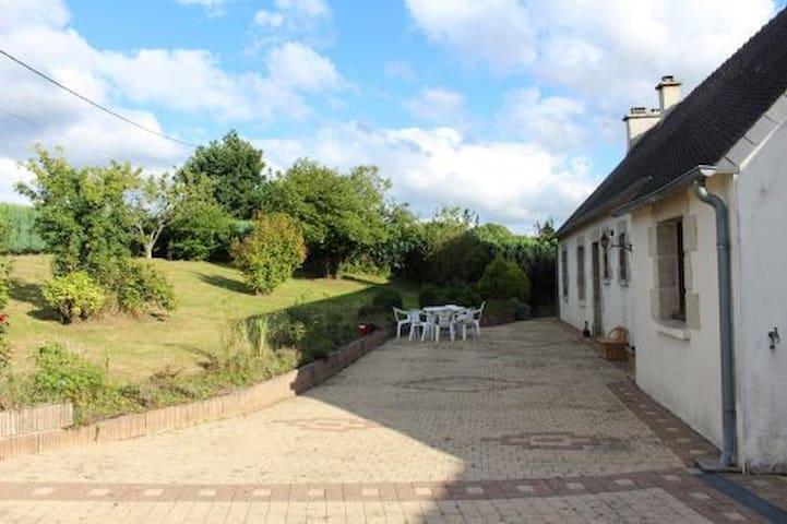 Maison de campagne de plein pied